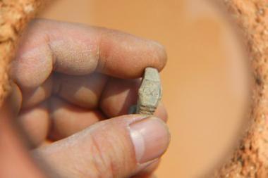 400 metų senumo kape rastas šveicariškas laikrodis