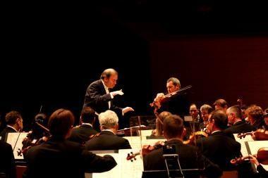 Londono simfoninis orkestras Vilniui dedikuos opusą