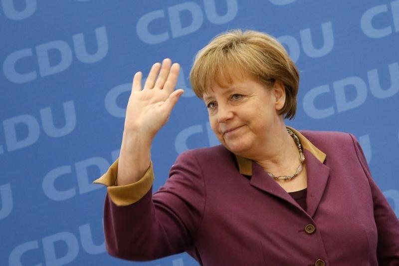 Europos šalių vadovai reiškia pagarbą popiežiaus sprendimui
