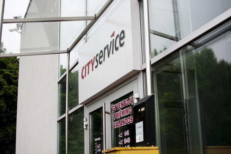 """Vilniaus taryba vėl nesiryžo nutraukti sutarties su """"City Service"""""""