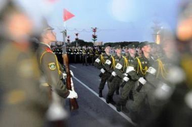 Maskva bei Minskas ir 2010-aisiais bendradarbiaus karinėje srityje