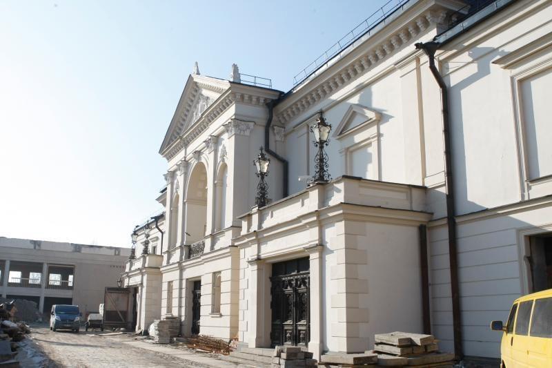 Teatro dieną – ekskursijos į rekonstruojamą Klaipėdos dramos teatrą