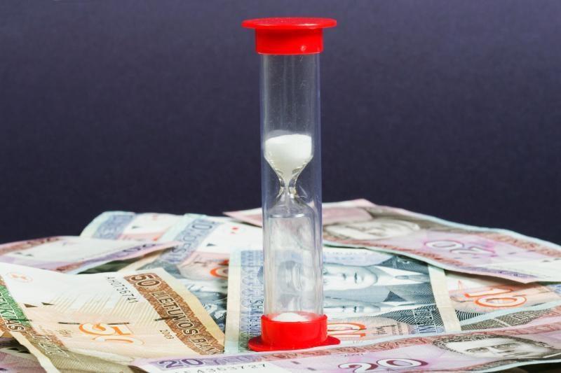 Greitųjų kreditų teikėjai nenori būti prilyginami bankams