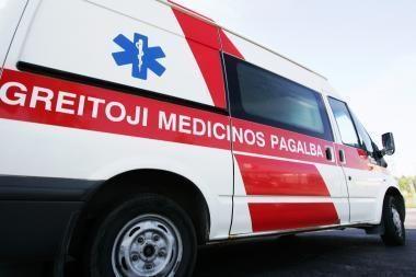Žvyrkelio posūkyje automobilio nesuvaldžiusi 19-metė atsidūrė ligoninė