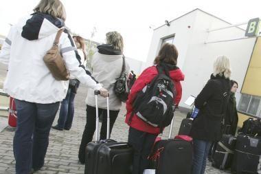 Tyrimas: neviltis dėl būsimos pensijos skatina emigruoti