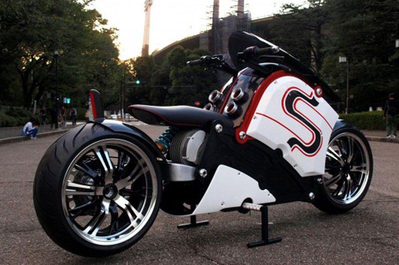 """""""zecOO"""": radikalaus dizaino elektrinis motociklas"""