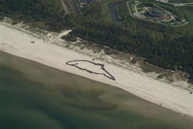 Smiltynėje žmonės vaizdavo Baltijos jūros kiaulę