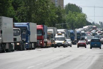 Šiaulių vežėjai pirmieji surengė protesto akciją