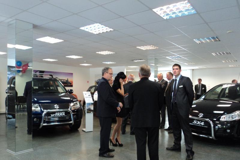 Suzuki pristato naują automobilių atstovą Vilniuje