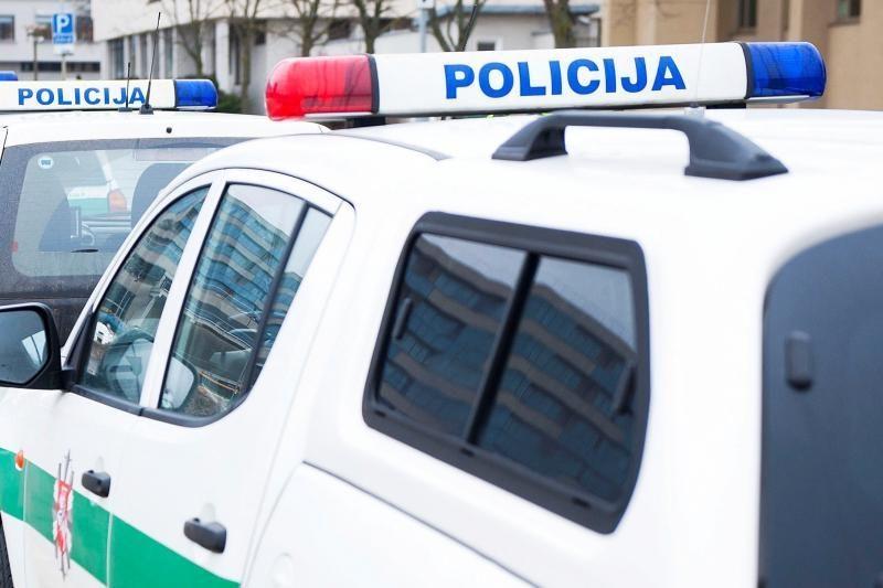 Uostamiestyje susidūrė trys automobiliai, tarp jų - ir policijos