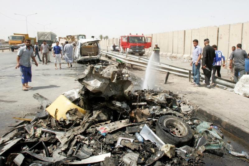 Irake per sprogimus žuvo apie 20 žmonių, dešimtys sužeista