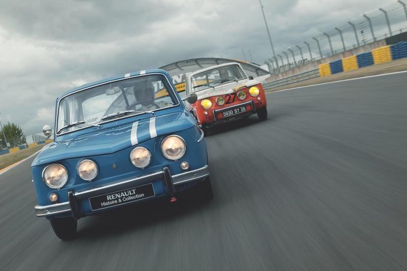 """""""Renault 8"""" šiemet švenčia penkiasdešimtmetį"""