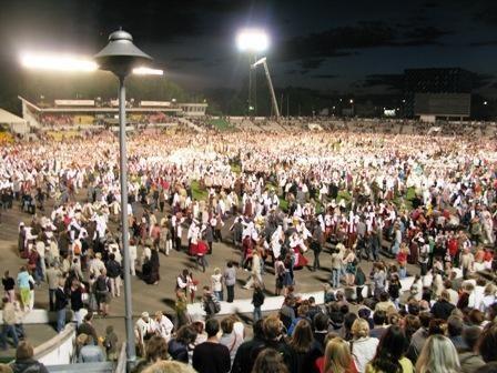 Žalgirio stadione - rekordinis Dainų šventės šokių vakaras