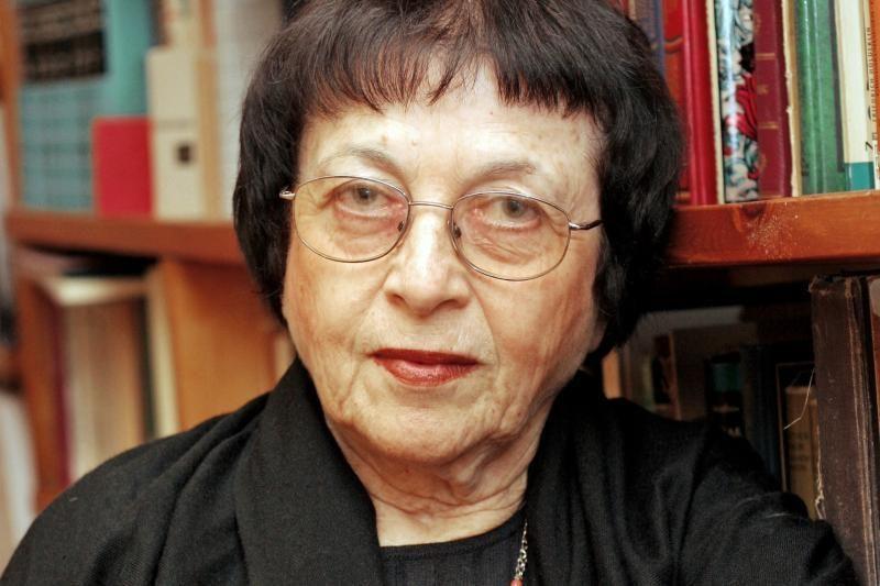 Goethe's medaliu bus apdovanota literatūrologė I.Veisaitė