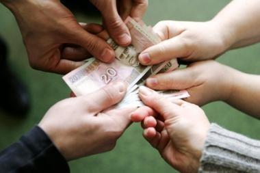 Aukojamų pinigų siūloma neapmokestinti