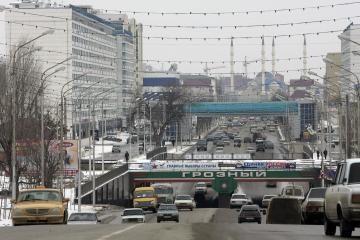 Čečėnijoje per bombos sprogimą nukentėjo 12 žmonių
