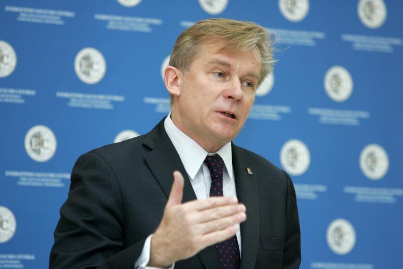 A.Ažubalis paragino šiaurės Kosove laikytis ramiai ir santūriai