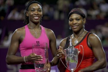 Serena Williams finale įveikė savo seserį Venus