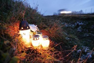 """Sostinėje organizuojama akcija """"Žvakutė ant užmiršto kapo"""""""