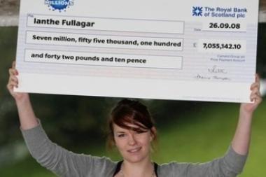 Britė laimingąjį loterijos bilietą slėpė liemenėlėje