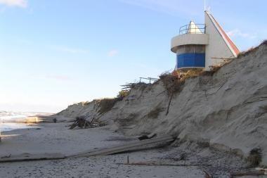 Saugomame Preilos paplūdimyje įtariamos nelegalios statybos