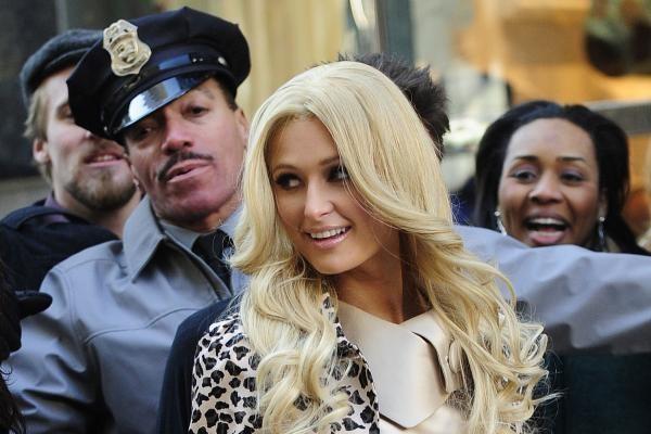 Paris Hilton išvengs kalėjimo jei prisipažins