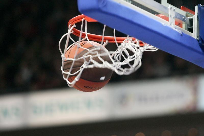 Studentų krepšinio lygos sezono startas: triuškinimai ir dramos