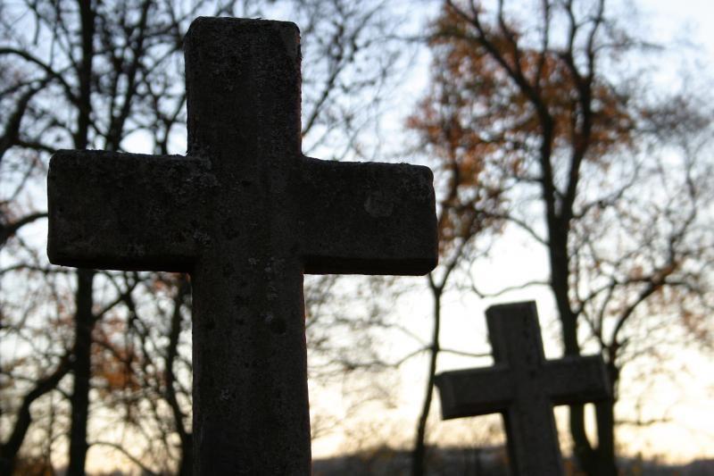 Augant skolai, šiukšlės iš Kauno kapinių buvo nevežtos porą savaičių