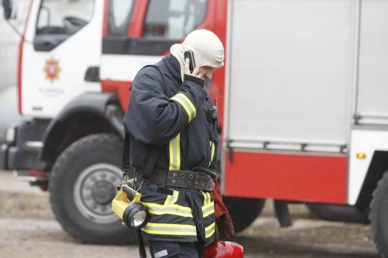 Prienų rajone per gaisrą sudegė trys vyrai