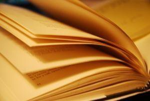 Mirė garsus amerikiečių rašytojas fantastas R.Bradbury
