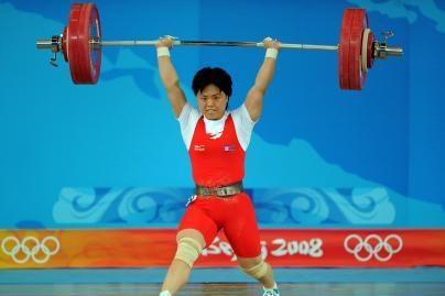 Šiaurės Korėjai pirmąjį auksą iškovojo sunkiaatletė