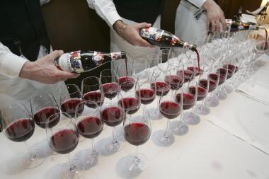 Italai pagamino daugiau vyno nei prancūzai