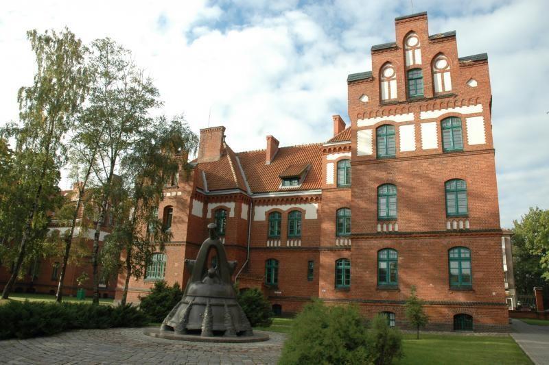 Klaipėdos universitete galimai pažeidžiama teisė į nemokamą mokslą