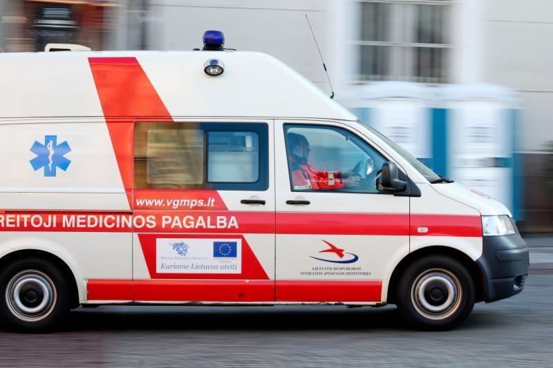 Alytuje autobusas partrenkė jauną moterį ir vaiką