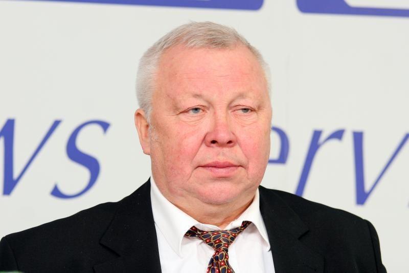 Buvęs viceministras P.VŽiūkas neblaivus sukėlė avariją