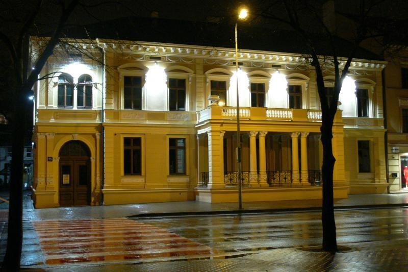 """Pristatys žemaičių ir aukštaičių poetų almanachą """"Atokios stotys 2012"""""""