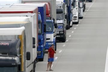 Lenkijos vežėjai blokuos šalies kelius