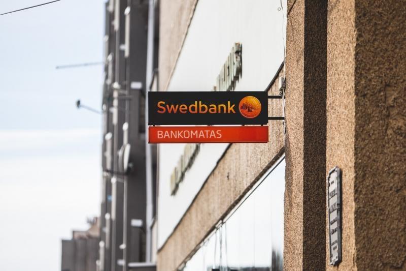 """Pirmadienį vėl buvo sutrikusi """"Swedbank"""" elektroninė bankininkystė"""