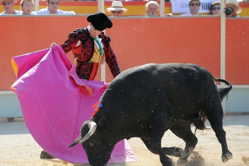 Dilema Ispanijoje: pinigai šventei ar darbo vietoms?