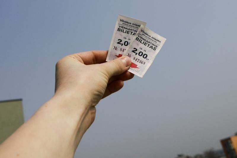 Nuo balandžio popieriniai bilietai - tik iš vairuotojų