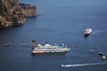 Graikijoje avariją patyrė keleivinis keltas