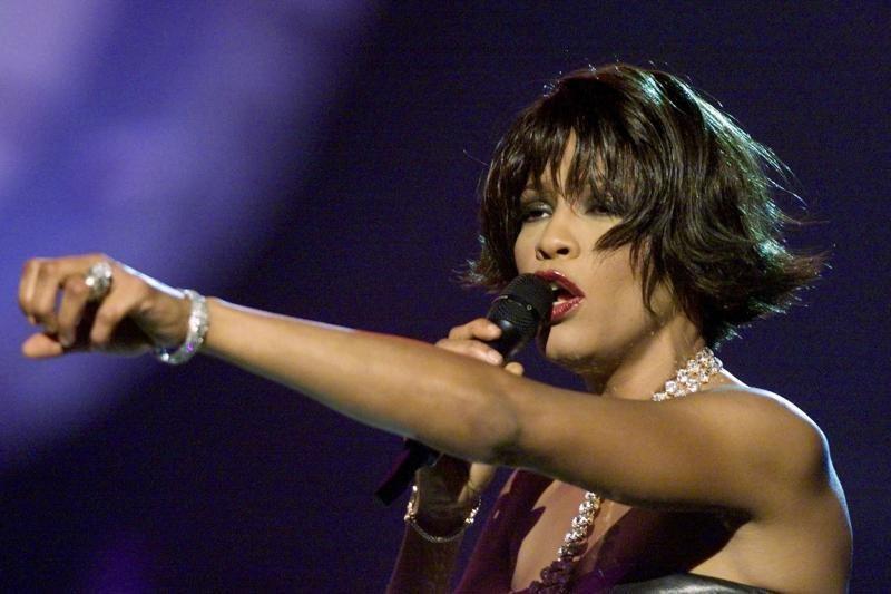 Kalifornijoje mirė dainininkė W.Houston