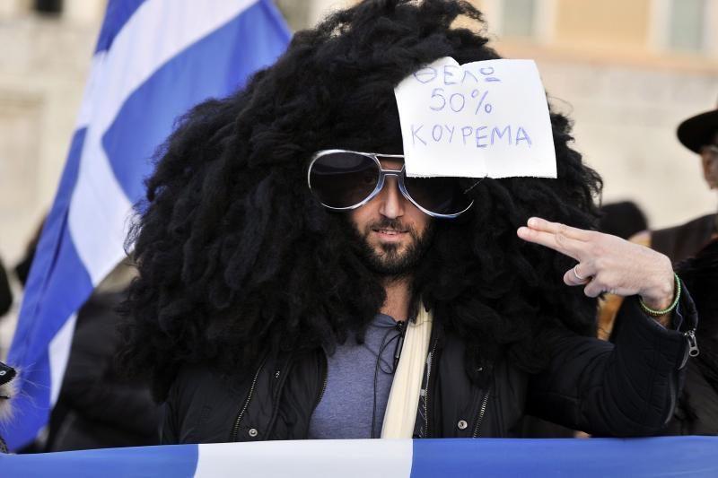 Euro zonos finansų vadovų susitikimo išvakarėse - protestai Graikijoje