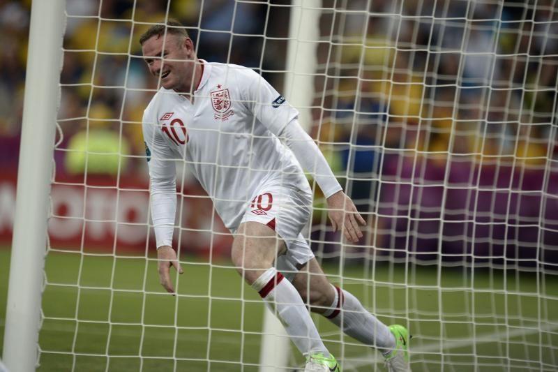 W.Rooney: visi turėtų mūsų pasisaugoti