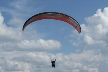 Ilgąjį savaitgalį Trakuose – parasparnių varžybos ir oro šventė (programa)