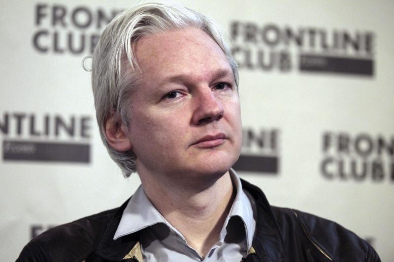 J.Assange'as tikriausiai liks ambasadoje laikotarpiui iki vienų metų