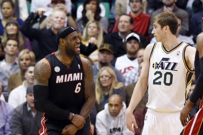 """L. Jamesas priartėjo prie dar vieno rekordo, tačiau """"Heat"""" pralaimėjo"""