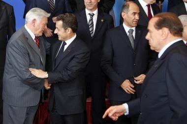 V.Adamkus derėsis dėl ES pagalbos Lietuvai