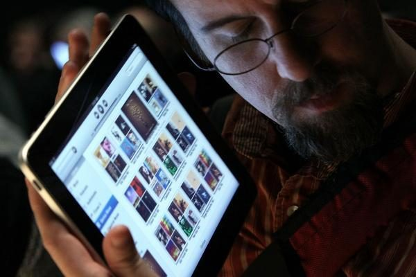 """Greitai """"iPad"""" galės atsakyti į jūsų bučinį tuo pačiu"""
