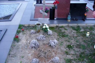 Dėl kapo priežiūros – konfliktas